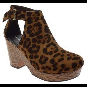 Pierre Dumas - Ponce Side Cut Out Clog Leopard